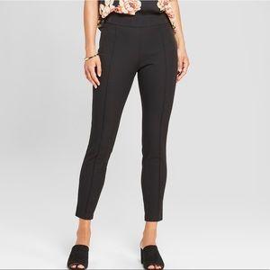 NWT plus Sz skinny ankle pin tuck pants 14